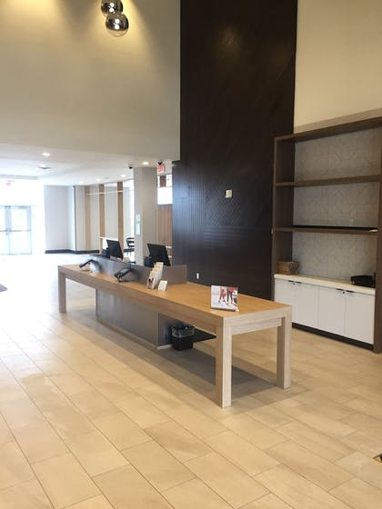 Reception | Holiday Inn Hotels and Suites Mount Pleasant