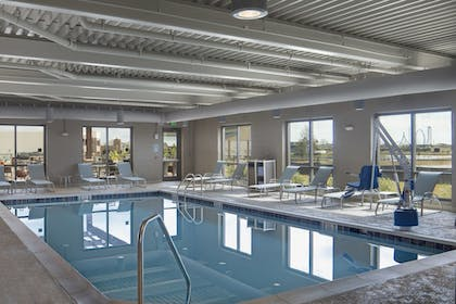 Sports Facility | TownePlace Suites by Marriott Foley at OWA
