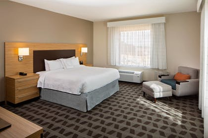 Guestroom | TownePlace Suites by Marriott Foley at OWA
