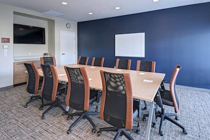 Meeting Facility | TownePlace Suites by Marriott Tacoma Lakewood