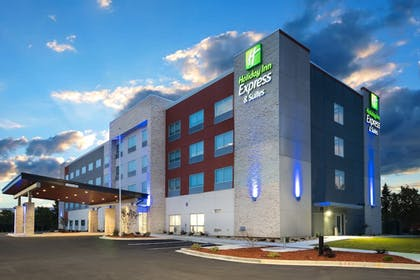 Featured Image | Holiday Inn Express & Suites Greenville SE - Simpsonville
