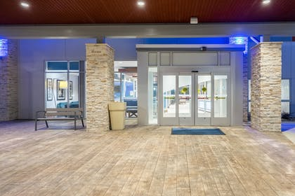 Exterior | Holiday Inn Express & Suites Greenville SE - Simpsonville