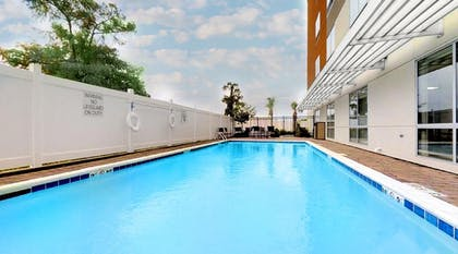 Outdoor Pool | Holiday Inn Express & Suites Chalmette - New Orleans S