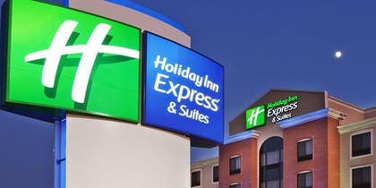 Hotel Front | Holiday Inn Express & Suites Chalmette - New Orleans S