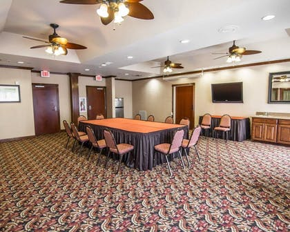 Meeting Facility | Comfort Suites Marshall