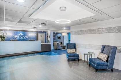 Lobby | Wingate by Wyndham Louisville Fair and Expo