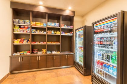 Snack Bar | Holiday Inn Express Hotel & Suites Manteca