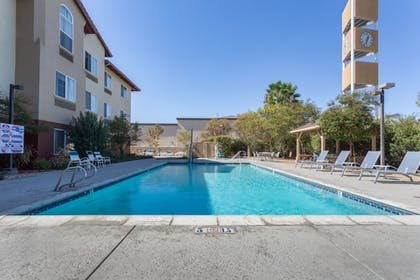 Pool | Holiday Inn Express Hotel & Suites Manteca