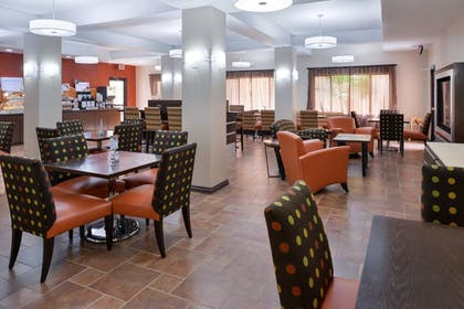 Restaurant | Holiday Inn Express Hotel & Suites Kingman