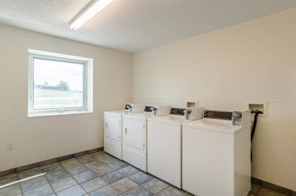Laundry Room | Baymont Inn & Suites Sheridan