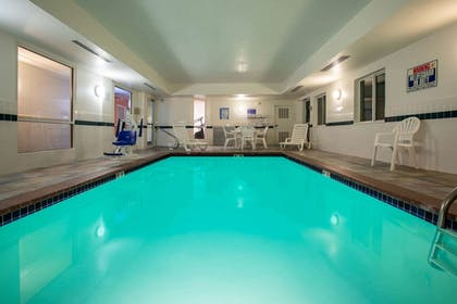 Pool | Baymont Inn & Suites Sheridan