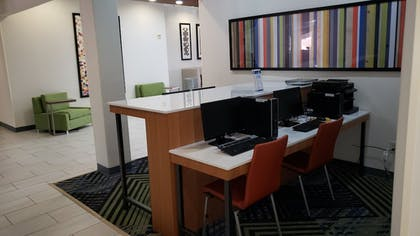 Business Center | Holiday Inn Express Hotel & Suites Weslaco