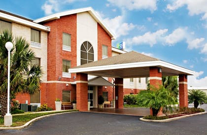 Featured Image | Holiday Inn Express Hotel & Suites Weslaco
