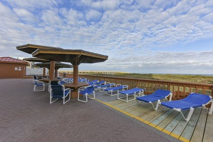 Sundeck   Padre South Hotel On The Beach