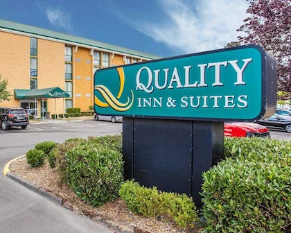 Featured Image | Quality Inn and Suites Everett