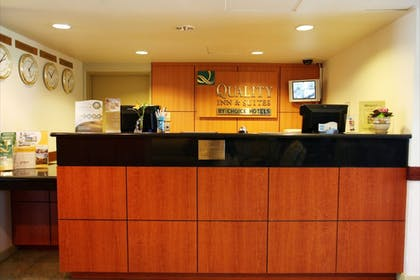 Check-in/Check-out Kiosk | Quality Inn and Suites Everett