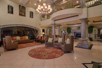 Lobby Sitting Area | Holiday Inn Express & Suites Tucson