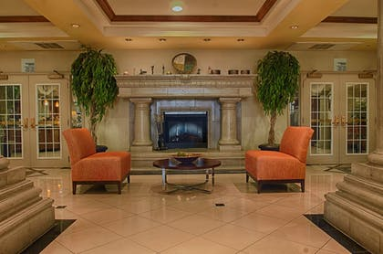 | Holiday Inn Express & Suites Tucson