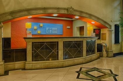Reception | Holiday Inn Express & Suites Tucson