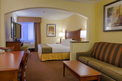 Living Area | Holiday Inn Express & Suites Tucson