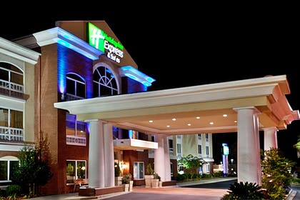 Featured Image   Holiday Inn Express Sumter