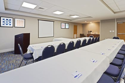 Meeting Facility | Holiday Inn Express Hotel & Suites Tavares - Leesburg