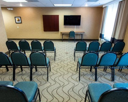 Meeting Facility   Comfort Suites South