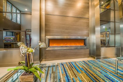 Lobby | Holiday Inn Longview - North