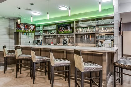 Hotel Bar | Holiday Inn Longview - North