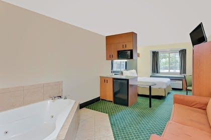 Jetted Tub | Microtel Inn & Suites by Wyndham Augusta/Riverwatch