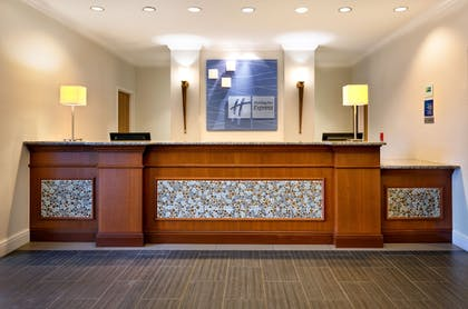 Lobby | Holiday Inn Express Hotel and Suites Arcadia