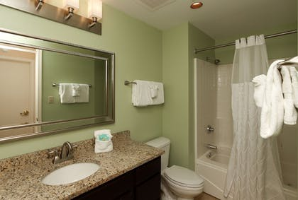 Bathroom | The Resort at Governor's Crossing