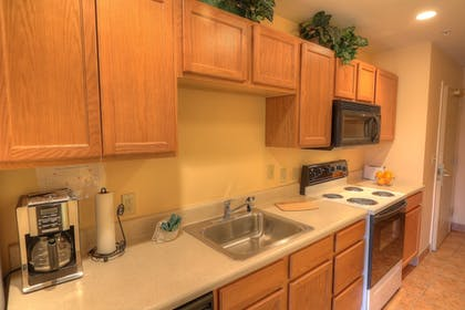 In-Room Kitchen | The Resort at Governor's Crossing