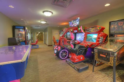 Game Room | The Resort at Governor's Crossing