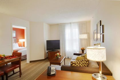 Guestroom | Residence Inn by Marriott Princeton at Carnegie Center