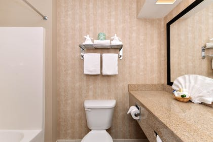 Bathroom | Baymont by Wyndham Grovetown Augusta