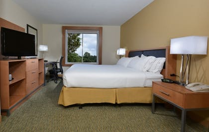 Guestroom | Holiday Inn Express Hotel & Suites High Point South