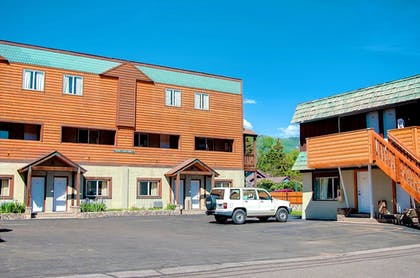 Parking | Nordic Lodge Of Steamboat