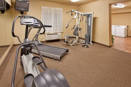 Fitness Facility | Candlewood Suites St Robert