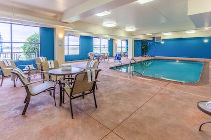 Indoor Pool | Holiday Inn Express Hotel & Suites Bowling Green
