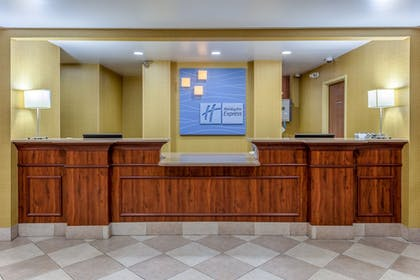 Interior | Holiday Inn Express Hotel & Suites Bowling Green