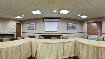 Meeting Facility | Holiday Inn Express & Suites Brookings
