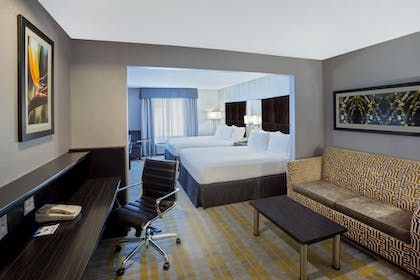 Room | Holiday Express Hotel & Suites Cooperstown