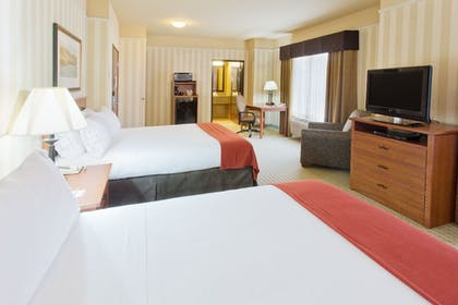 Guestroom | Holiday Inn Express And Suites Astoria