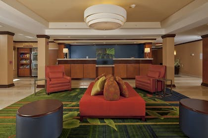Lobby | Fairfield Inn & Suites by Marriott Brunswick Freeport