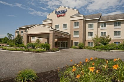 Hotel Front | Fairfield Inn & Suites by Marriott Brunswick Freeport