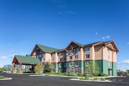 Hotel Front | Fairfield Inn and Suites by Marriott Anchorage