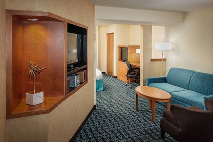 Guestroom | Fairfield Inn and Suites by Marriott Anchorage