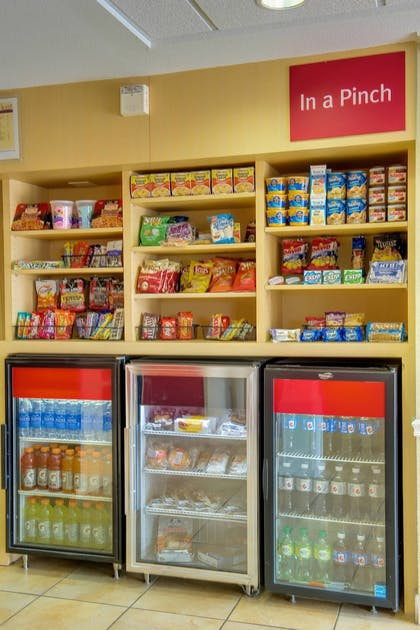 Snack Bar | Towneplace Suites by Marriott Las Cruces