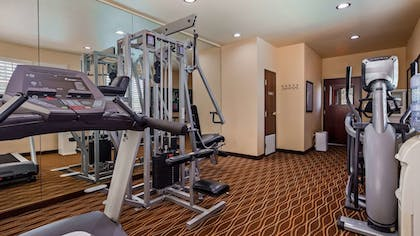 Fitness Facility | Best Western Plus Crown Colony Inn & Suites